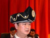 胡其武在县十六届人大四次会议上作政府工作报告