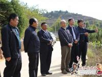 省人大常委会常务副主任张百如到景东县调研