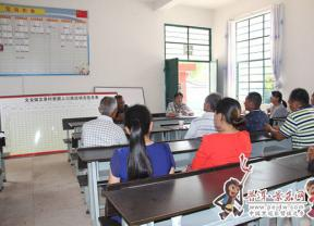 文龙镇人大代表积极建言献策 为农村建设增添活力